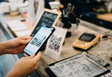 4-Reasons-Why-You-Must-Need-to-Use-a-Mobile-Wallet-on-architectureslab.
