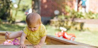 Tips-To-Help-Your-Baby-with-Exploring-Their-Surroundings-on-architectureslab