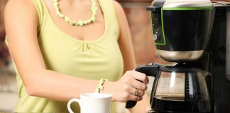 Some-Must-Have-Features-For-Your-Coffee-Maker-on-ArchitecturesLab