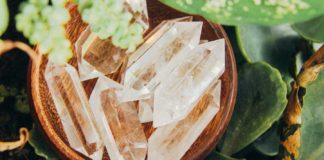 Overcome-Your-Stress-and-Anxiety-with-Healing-Crystals-on-architectureslab